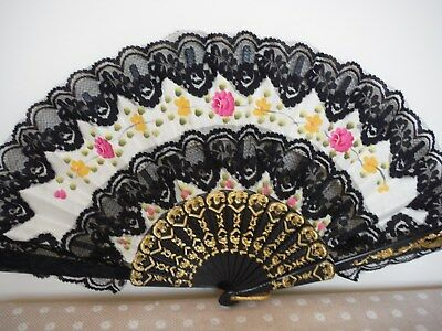 Beautiful Vintage Hand Fan Cream Floral  With Black Lace Excellent Condition