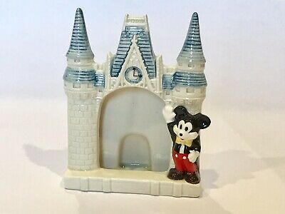Mickey Mouse Pie Eye  Ceramic Castle Magic Kingdom Clock Made In Japan /Vintage