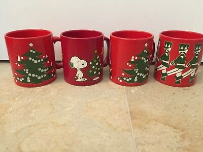 Peanuts Set of 4 Red Christmas Mugs Woodstock Snoopy Waechtersbach W Germany NEW