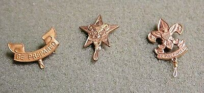 Vintage BSA Boy Scout First Class Shirt Pin Back Safety Pin Lot  2 Others Second