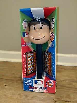 Peanuts Charlie Brown Giant Pez Dispenser MLB NY Yankees