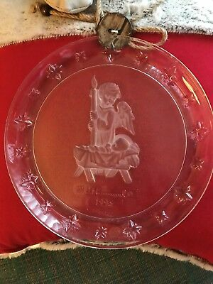 Avon ~ M. J. Hummel 1996 Collector ANGEL PLATE ~ 24% Lead Crystal ~ Goebel