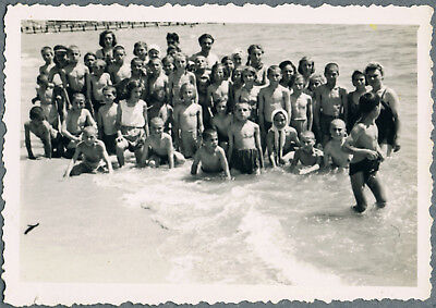 #95 Group of boys & girls swimmers at the beach summer camp photo vintage 1950's