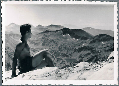#51 Beefcake shirtless young muscle man hiker gay interest vintage photo 1960's