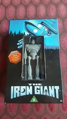 The Iron Giant Special Video Pack - Includes VHS tape Toy Book Warner Bros Film