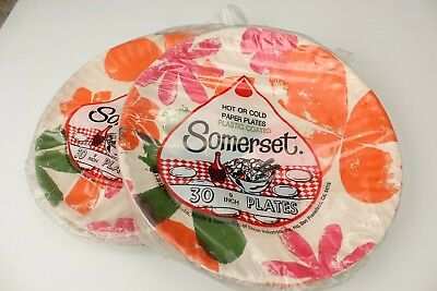 Vintage 50s retro paper plates with Mod Flowers 9 Inch New Old Stock