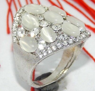 41.60 Ct NATURAL NICE SILVER SILKY MOONSTONE AND ZIRCON RING J32