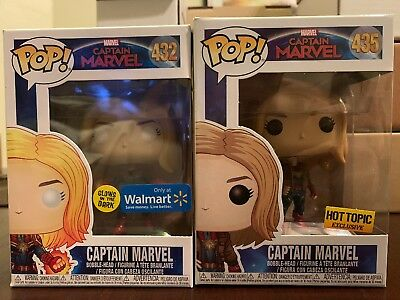 Funko Pop Captain Marvel 435 Hot Topic And Captain Marvel 432 Walmart Exclusive