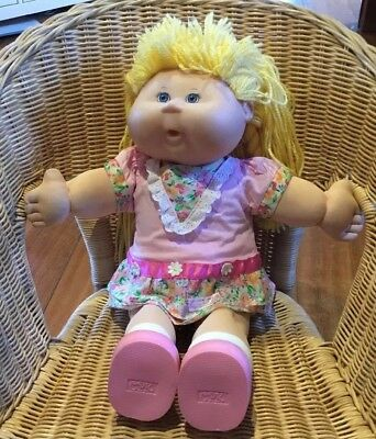 Cabbage Patch Kids Doll 2005 Blonde Blue Eyes Original Clothes Shoes