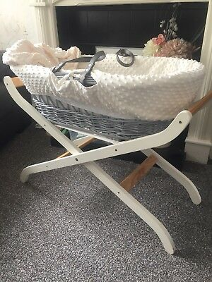 Grey Wicker  (Moses Basket & Stand) WITH A BRAND NEW MATTRESS
