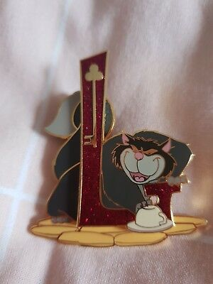 Pin's disney Lucifer EL 1200