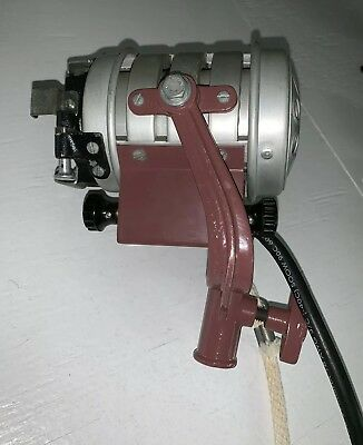 Mole Richardson InBetweenie Type 3101 Fresnel Tungsten w Working 150 Watt Bulb