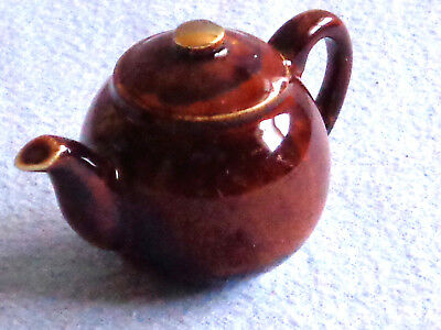 ** Elegant Delightful Rare Brown Betty Cardew Tiny Teapot ** Superb Condition *