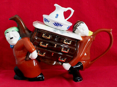 ** Sensational Laurel & Hardy Large Removal Men Teapottery Teapot ** **ex Con**