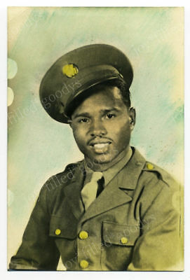Wwii Handsome African American Army Soldier Ww2 Photo