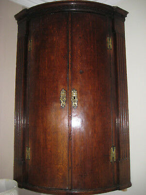 Antique Georgian  Bow Fronted Corner Cabinet (Hanging) in Good Condition