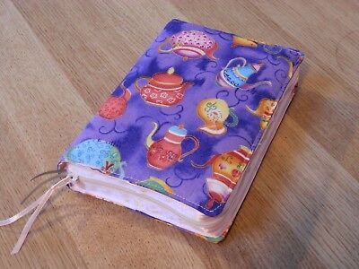 New World Translation 2013 Zipped Fabric Bible Cover - Teapots