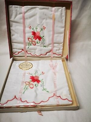 Pretty Unused Irish Vintage  Pair Of Pillow Cases And Bolster  Embroidered Boxed