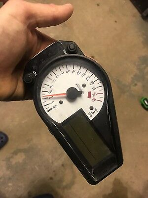 Suzuki GSXR600 K1 K2 K3 Set Of Clocks Speedo