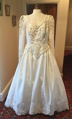 VINTAGE 1980's VICTORIAN STYLE  IVORY BEADED WEDDING DRESS BY ALFRED ANGELO