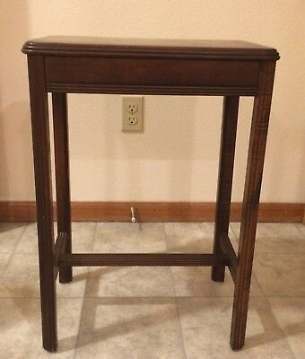 Antique Art Deco Style Vintage Modern Side Table 1930s or 1940s