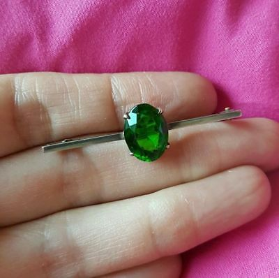 (A05) Antique / Vintage Bar Brooch Sterling Silver Green faceted stone Lovely