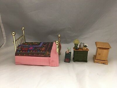 Dollhouse miniature half scale lot bed and misc