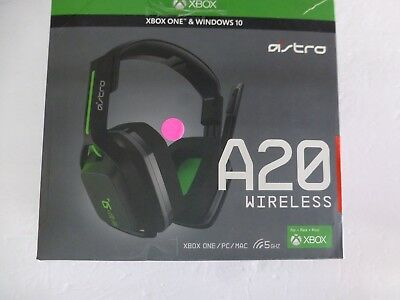 8cd73dcd50dc0a ASTRO Gaming A20 Wireless Headset, Black/Green Xbox One, Windows 10 (S