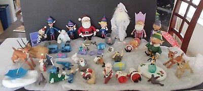 HUGE Lot SANTA Claus is COMING to TOWN Figurines MEMORY LANE Collection MANTIS