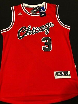 d67264694 Dwyane Wade  3 Chicago Bulls Throwback Classic Red Jersey Stitched Script -  NWT