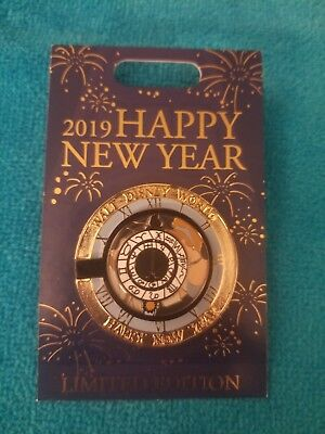 Disney World Pin Happy New Year 2019 Cinderella Prince Charming le 2000 HTF RARE