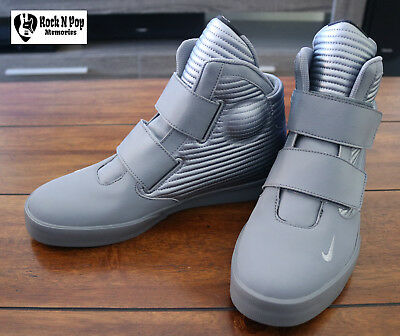 hot sale online f3230 185eb Mens New Nike Flystepper 2K3 Metallic Gray Sneakers Various Sizes