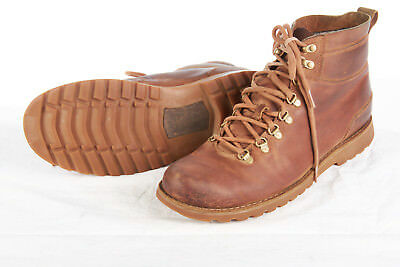 UGG AUSTRAILIA Hiking Boots Men Sz 10M in Patina Brown Leather hiking