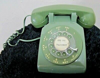 Vintage Rotary Dial Phone Telephone Avocado GREEN Mid Century Classic Model 500