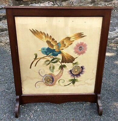 Antique 19th C VICTORIAN Carved Mahogany NEEDLEPOINT Bird FIRESCREEN Fauna