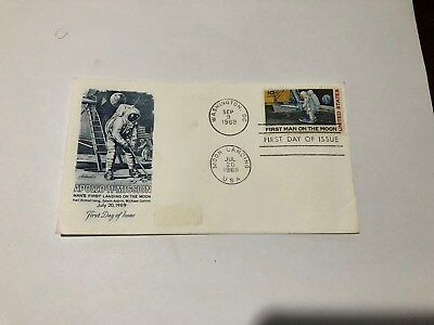 1969 First Day Issue Man's First Landing on the Moon 10 cent Stamp Apollo 11