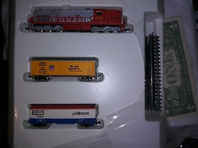A.h.m. N Scale Ready To Run Train Set, See Details