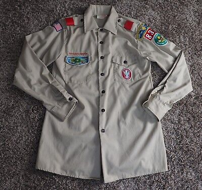 Vintage 1960s OFFICIAL BOY SCOUT SHIRT with Patches - Size Medium