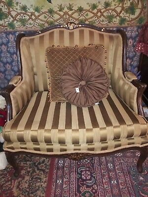 Individual Armchair French Louis XV Style (Good Condition)