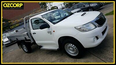 2014 Toyota Hilux KUN26R MY14 SR (4x4) White Automatic 5sp A Cab Chassis