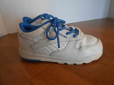 c58d732e04f3b9 REEBOK CLASSIC TODDLER Boys Blue Peek N  Fit Sneakers