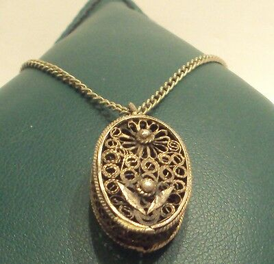 Beautiful Post-Medieval Silver Filigree Pendant With Chain // 875