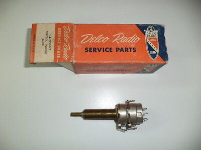 Buick Super,roadmaster 49,50,51,52,53 Nos Radio On/off,volume Switch Gm 7256847
