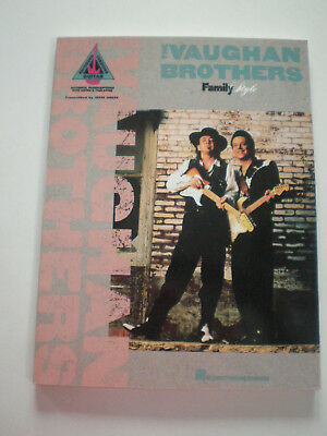 THE VAUGHAN BROTHERS Family Style HAL LEONARD GUITARE TAB LIVRE 1991 Estevie Ray