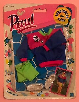 Vintage 1990 Hasbro Sindy Paul Sportswear Soccer Outfit New Sealed Card Rare