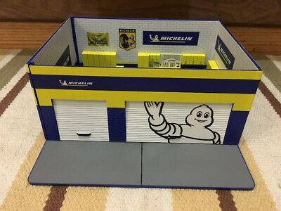 Michelin Service Station Decor Plastic Gas Pump Garage Oil Bar Ford Display