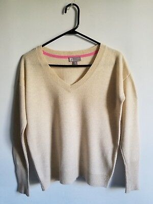 606a24737b7 Women s JCP 100% Cashmere Sweater V Neck Heather Beige Size Extra Small
