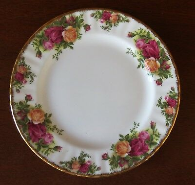 "Royal Albert Old Country Roses Gold Trim China 8 1/8"" Salad Plate(s)"