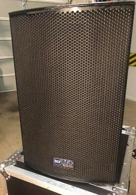 RCF TT 22A Powered Speakers Excellent Condition