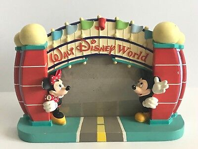 Walt Disney World Entrance Mickey & Minnie Mouse Picture Frame